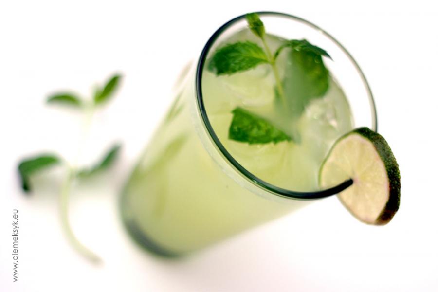 Aqua fresca ogórkowa - meksykański napój orzeźwiający