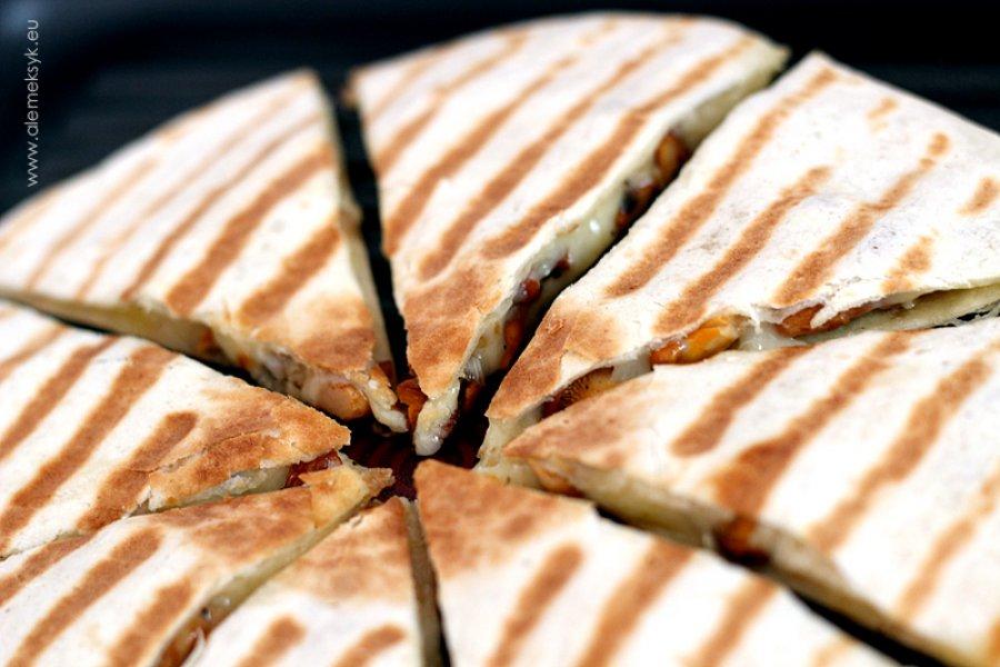 Chrupiąca quesadilla z kurkami