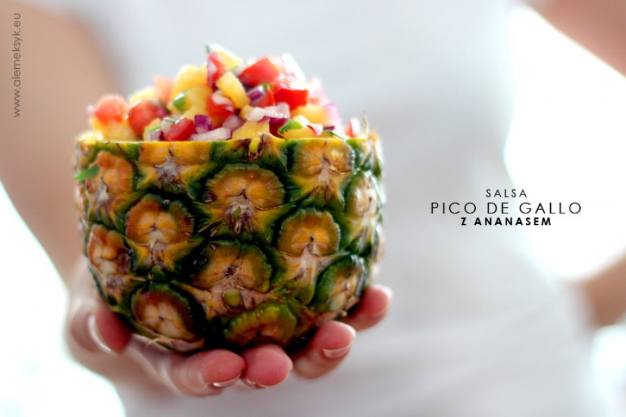 Salsa pico de gallo z ananasem