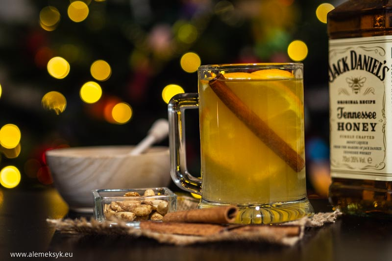 Drink Hot Tennessee toddy honey - winter edition