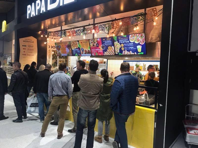 Papa Diego świeży Meksyk Nowa Sieć Z Kuchnią Meksykańską W