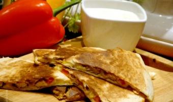 Quesadillas z kurczakiem a'la Fajitas