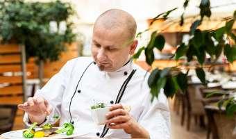 Życie w kuchni. Rozmowa z Jackiem Filipczykiem - szefem kuchni w hotelu Sheraton Grand Kraków
