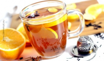 Rozgrzewający grzaniec z herbaty na chłodne wieczory
