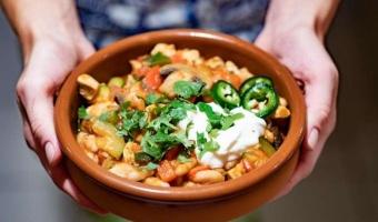 Chili con pollo - przepis na przepyszną mieszankę smaków i aromatów