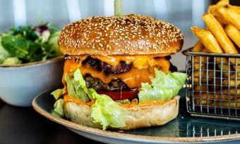 Tully&Burger - czyli jak smakuje burger w 5 gwiazdkach?
