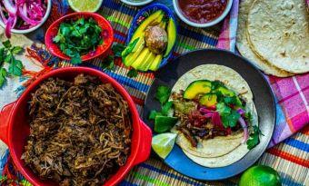 Tacos z łopatką wieprzową pieczoną 6 godzin - Przepis na mięso, które rozpływa się w ustach niczym masło
