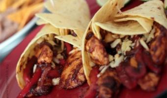 Zawijane tacos z kurczakiem BBQ