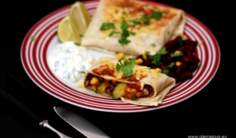 Burritos z chorizo i cukinią