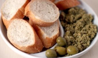 Tapenade z zielonych oliwek