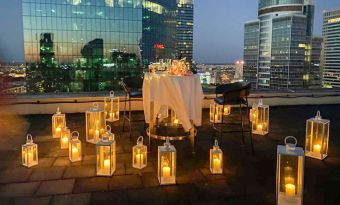 5 pomysłów i bonus - odjechane miejsca w Warszawie na kolację we dwoje i z przyjaciółmi