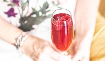 Tequila Raspberry Fizz – czyli w jakim drinku wykorzystać shrub malinowy?