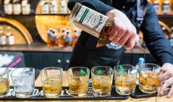 Kiedy Amerykanin, spotkał Szkota - czyli różnica między amerykańską whiskey, a szkocką whisky