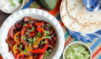Fajita z kiełbasą chorizo - klasyka kuchni tex-mex