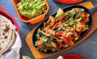 Fajitas z cukinią i kurczakiem - dobry kawałek kuchni Tex-Mex