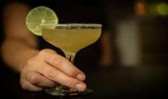 Drink Tommy's Margarita - prosta i pyszna 3-składnikowa wersja margarity