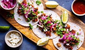 Tacos z mieloną łopatką wieprzową i czarną fasolą - przepis łatwy i szybki