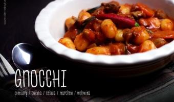 Gnocchi z wołowiną i cukinią w sosie pomidorowym na ostro
