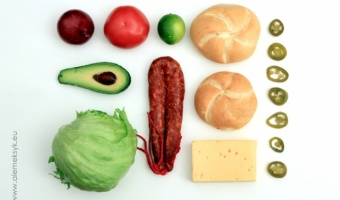Burgery z awokado i chorizo
